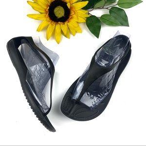 Crocs Sexi Flip Flops Rubber Thong Sandals